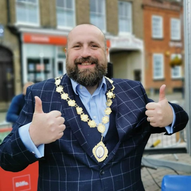 Businesses Thrive at Street Food Festival   St Neots